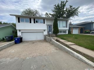 Photo 2: 727 Lenore Drive in Saskatoon: Lawson Heights Residential for sale : MLS®# SK860449