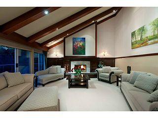 Photo 3: 4130 ST PAULS AV in North Vancouver: Upper Lonsdale House for sale : MLS®# V1037997