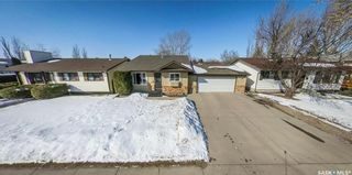 Photo 42: 122 Stacey Crescent in Saskatoon: Dundonald Residential for sale : MLS®# SK803368