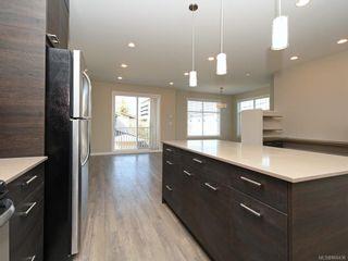 Photo 10: 14 3356 Whittier Ave in : SW Rudd Park Row/Townhouse for sale (Saanich West)  : MLS®# 866436