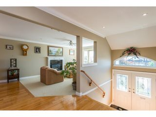 Photo 2: 33583 12 Avenue in Mission: Mission BC House for sale : MLS®# R2497505