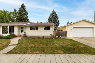 Photo 1: 10611 144 Street in Edmonton: Zone 21 House for sale : MLS®# E4266010