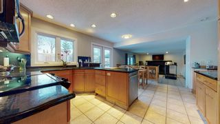 Photo 10: 215 Dalcastle Way NW in Calgary: Dalhousie Detached for sale : MLS®# A1075014