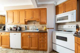 Photo 11: 30 Grove Street East Street in Barrie: Bayfield House (2 1/2 Storey) for sale : MLS®# S5098618
