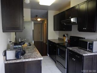 Photo 8: 109 545 Manchester Rd in VICTORIA: Vi Burnside Condo for sale (Victoria)  : MLS®# 672377