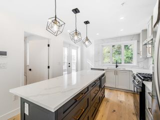 Photo 5: 5449 KILLARNEY in Vancouver: Collingwood VE House for sale (Vancouver East)  : MLS®# R2625114