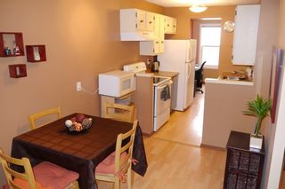 Photo 3: 7 Briarbrook Bay in Winnipeg: Charleswood Single Family Attached for sale (West Winnipeg)  : MLS®# 1605129