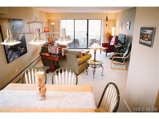Photo 4: 407 1050 Park Blvd in VICTORIA: Vi Fairfield West Condo for sale (Victoria)  : MLS®# 722013