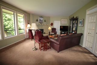 """Photo 8: 21027 46 Avenue in Langley: Brookswood Langley House for sale in """"Cedar Ridge"""" : MLS®# R2179248"""