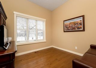 Photo 3: 32 Evergreen Row SW in Calgary: Evergreen Detached for sale : MLS®# A1062897