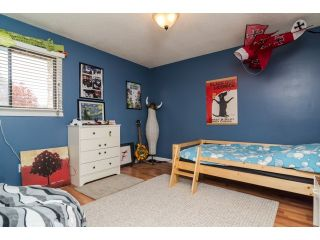 Photo 16: 2449 WAYBURNE Crescent in Langley: Willoughby Heights House for sale : MLS®# F1437139