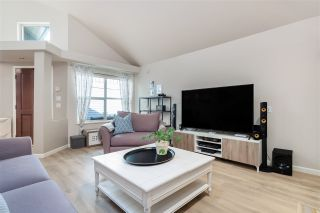"""Photo 5: 21 1550 LARKHALL Crescent in North Vancouver: Northlands Townhouse for sale in """"Nahanee Woods"""" : MLS®# R2549850"""