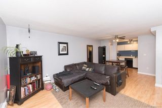 Photo 10: 104 2747 Quadra St in : Vi Hillside Condo for sale (Victoria)  : MLS®# 804216