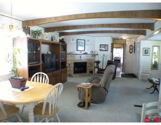 """Photo 3: 145 3665 244 Street in Langley: Otter District Manufactured Home for sale in """"Langley Grove Estates"""" : MLS®# F2916375"""