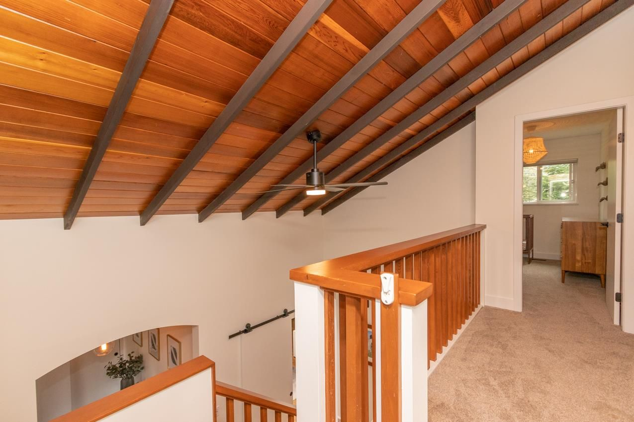 Photo 4: Photos: 1314 MOUNTAIN Highway in North Vancouver: Westlynn House for sale : MLS®# R2572041