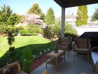 Photo 10: 7975 144A STREET in SURREY: Home for sale