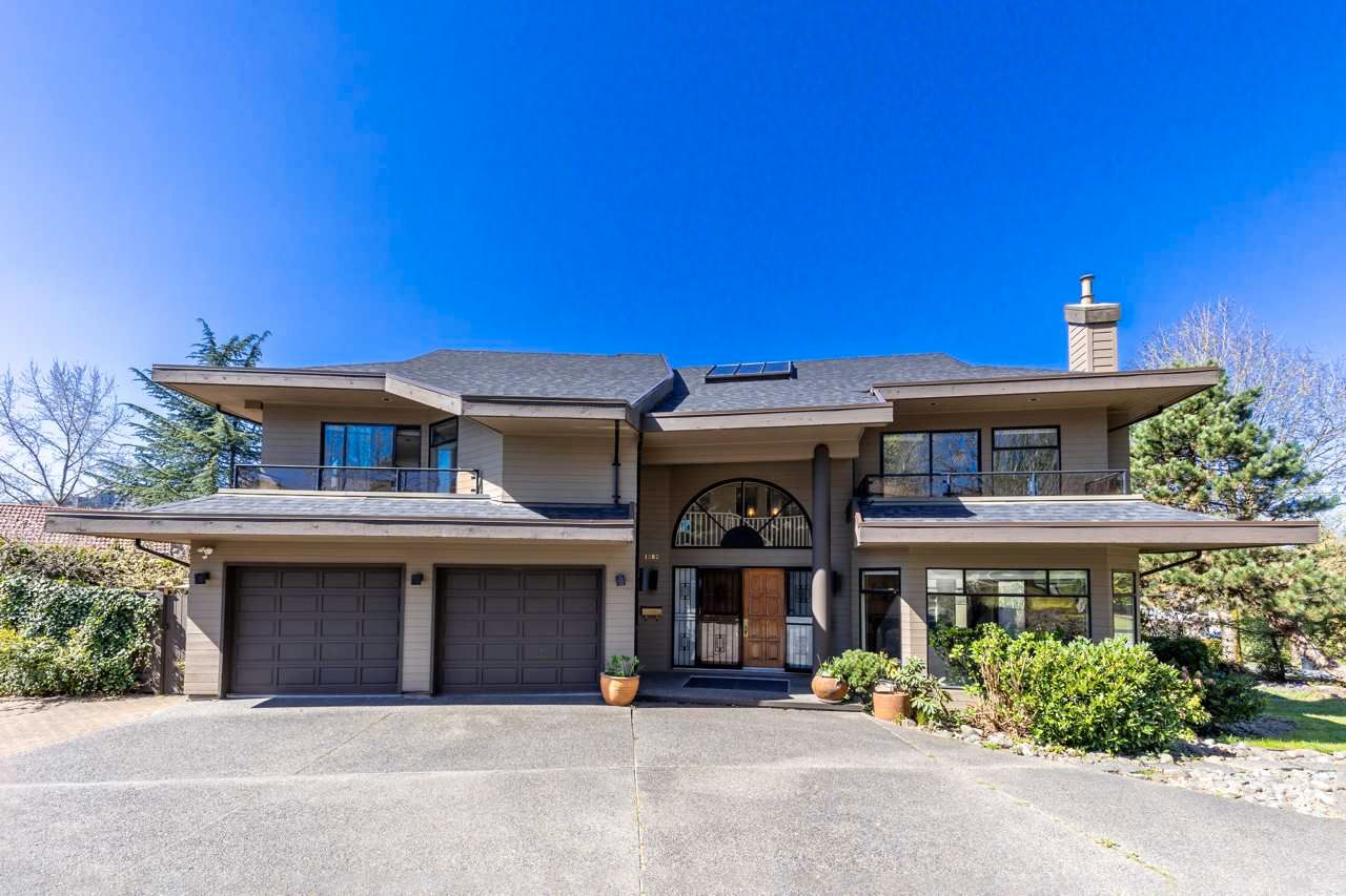 Main Photo: 1383 PRESTON Court in Burnaby: Simon Fraser Univer. House for sale (Burnaby North)  : MLS®# R2566965