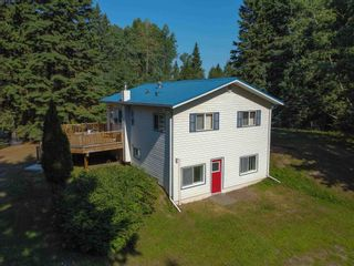 """Photo 1: 3700 NAISMITH Crescent in Prince George: Buckhorn House for sale in """"BUCKHORN"""" (PG Rural South (Zone 78))  : MLS®# R2597858"""