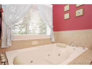 Photo 11: 2162 Bellamy Rd in VICTORIA: La Thetis Heights House for sale (Langford)  : MLS®# 757521