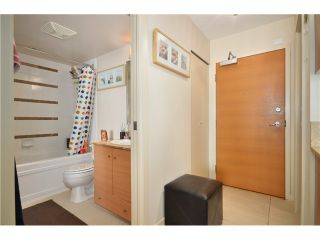 """Photo 5: 2305 928 HOMER Street in Vancouver: Yaletown Condo for sale in """"YALETOWN PARK 1"""" (Vancouver West)  : MLS®# V1023790"""
