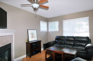 "Photo 2: 13 11229 232 Street in Maple Ridge: East Central Townhouse for sale in ""FOXFIELD"" : MLS®# R2064376"