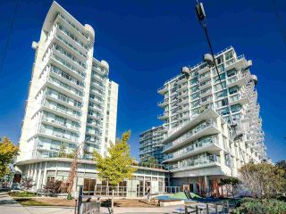 """Photo 3: 706 2221 E 30TH Avenue in Vancouver: Victoria VE Condo for sale in """"KENSINGTON GARDENS BY WESTBANK"""" (Vancouver East)  : MLS®# R2511988"""