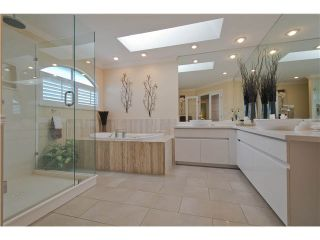"""Photo 13: 28 6211 W BOUNDARY Drive in Surrey: Panorama Ridge Townhouse for sale in """"LAKEWOOD HEIGHTS"""" : MLS®# F1421128"""