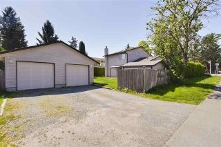 Photo 14: 6182 132 Street in Surrey: Panorama Ridge House for sale : MLS®# R2252966
