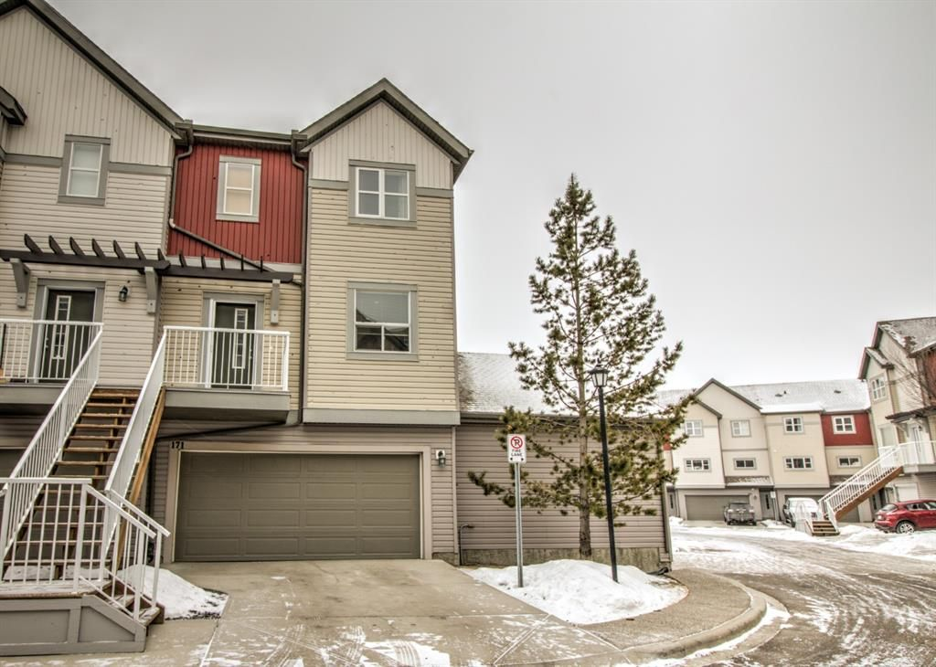 Main Photo: 171 COPPERSTONE Cove SE in Calgary: Copperfield Row/Townhouse for sale : MLS®# A1065208