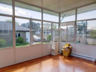Photo 9: 6590 RALEIGH Street in Vancouver: Killarney VE House for sale (Vancouver East)  : MLS®# R2554504