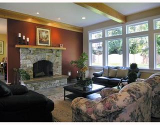 Photo 2: 1106 SUNNYSIDE Road in Gibsons: Gibsons & Area House for sale (Sunshine Coast)  : MLS®# V644175