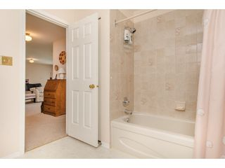 """Photo 16: 50 3054 TRAFALGAR Street in Abbotsford: Central Abbotsford Townhouse for sale in """"Whispering Pines"""" : MLS®# R2183313"""