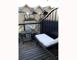 """Photo 7: 906 W 13TH Avenue in Vancouver: Fairview VW Townhouse for sale in """"THE BROWNSTONE"""" (Vancouver West)  : MLS®# V812417"""