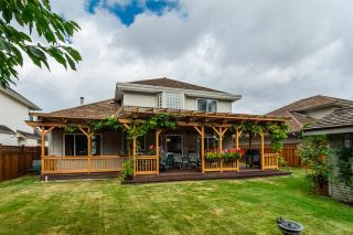 """Photo 17: 20976 43A Avenue in Langley: Brookswood Langley House for sale in """"Cedar Ridge"""" : MLS®# R2207293"""