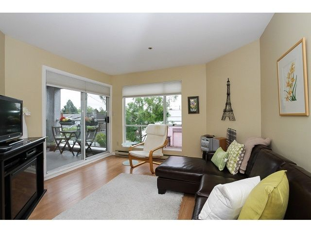 """Main Photo: 303 3505 W BROADWAY in Vancouver: Kitsilano Condo for sale in """"COLLINGWOOD PLACE"""" (Vancouver West)  : MLS®# R2086967"""