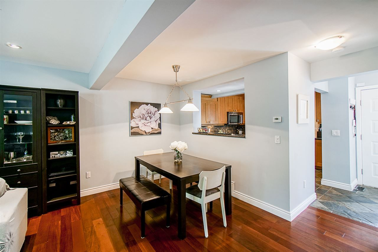 """Photo 6: Photos: 1 1960 RUFUS Drive in North Vancouver: Westlynn Townhouse for sale in """"Mountain Estates"""" : MLS®# R2487288"""
