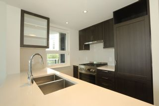 Photo 2: 913 5470 ORMIDALE Street in Vancouver: Collingwood VE Condo for sale (Vancouver East)  : MLS®# R2611619