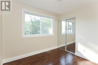 Photo 14: 102 STARWOOD ROAD UNIT#A in Ottawa: House for rent