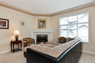 """Photo 3: 37 16760 61 Avenue in Surrey: Cloverdale BC Townhouse for sale in """"HARVEST LANDING"""" (Cloverdale)  : MLS®# R2282376"""