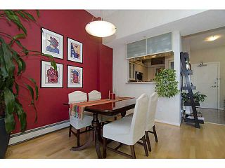 """Photo 4: THB 1207 MARINASIDE Crescent in Vancouver: Yaletown Townhouse for sale in """"The Peninsula"""" (Vancouver West)  : MLS®# V1046022"""