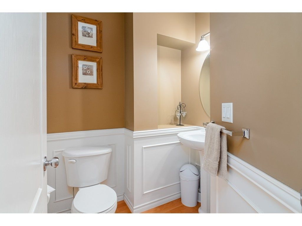 """Photo 17: Photos: 5 6588 188 Street in Surrey: Cloverdale BC Townhouse for sale in """"HILLCREST PLACE"""" (Cloverdale)  : MLS®# R2532394"""