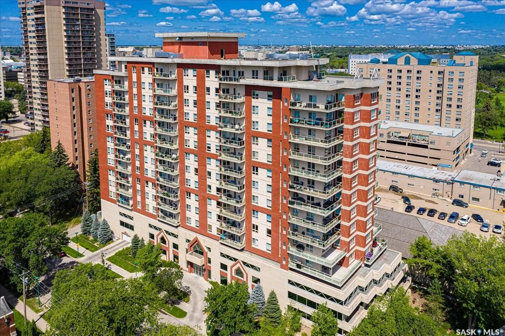 Main Photo: 801 902 Spadina Crescent East in Saskatoon: Central Business District Residential for sale : MLS®# SK863827
