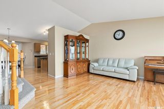 Photo 3: 279 Kucey Terrace in Saskatoon: Arbor Creek Residential for sale : MLS®# SK809054