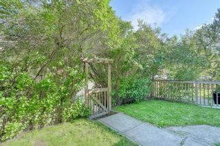 Photo 3: 918 2 Avenue NW in Calgary: Sunnyside Detached for sale : MLS®# A1131024