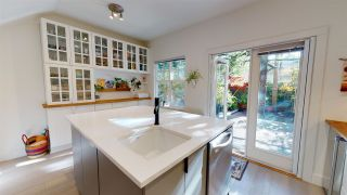 "Photo 14: 2134 W 8TH Avenue in Vancouver: Kitsilano Townhouse for sale in ""Hansdowne Row"" (Vancouver West)  : MLS®# R2514186"