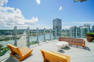 """Photo 30: 1611 89 NELSON Street in Vancouver: Yaletown Condo for sale in """"ARC"""" (Vancouver West)  : MLS®# R2515493"""