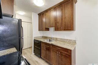 Photo 5: 106 258 Pinehouse Place in Saskatoon: Lawson Heights Residential for sale : MLS®# SK870860