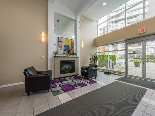 """Photo 15: Photos: 401 9298 UNIVERSITY Crescent in Burnaby: Simon Fraser Univer. Condo for sale in """"NOVO ONE"""" (Burnaby North)  : MLS®# R2120028"""