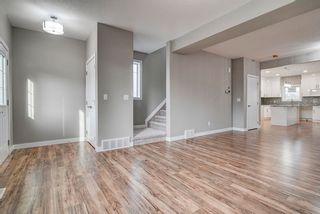 Photo 3: 10359 149 Street in Edmonton: Zone 21 House Half Duplex for sale : MLS®# E4246600