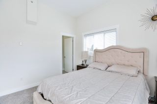 """Photo 12: 39 7247 140 Street in Surrey: East Newton Townhouse for sale in """"Greenwood Townhomes"""" : MLS®# R2256026"""